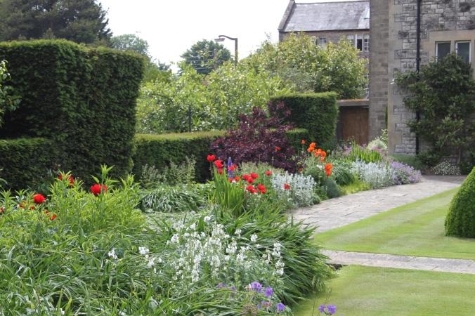 Herbaceous gardens