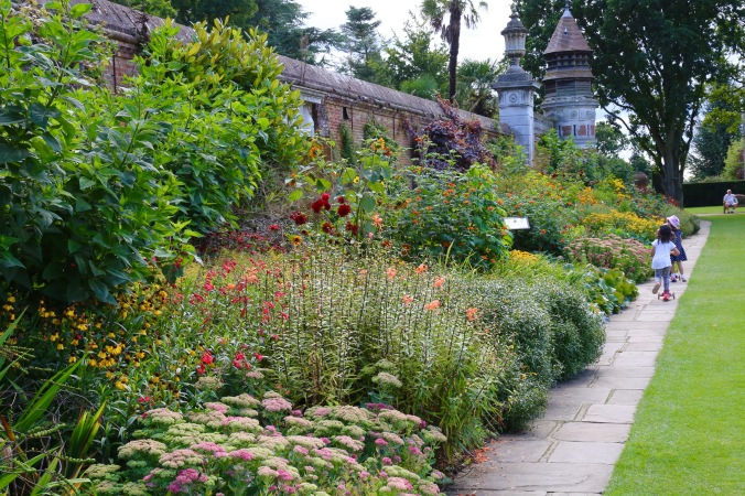 Hot Border at Cliveden