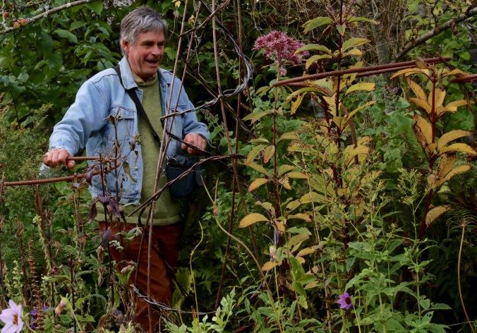 Gelli uchaf wales and noel kingsbury gardening jules for Garden designers at home noel kingsbury